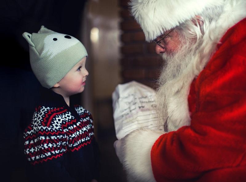 iSanta: Could app tech streamline Santa's delivery process?